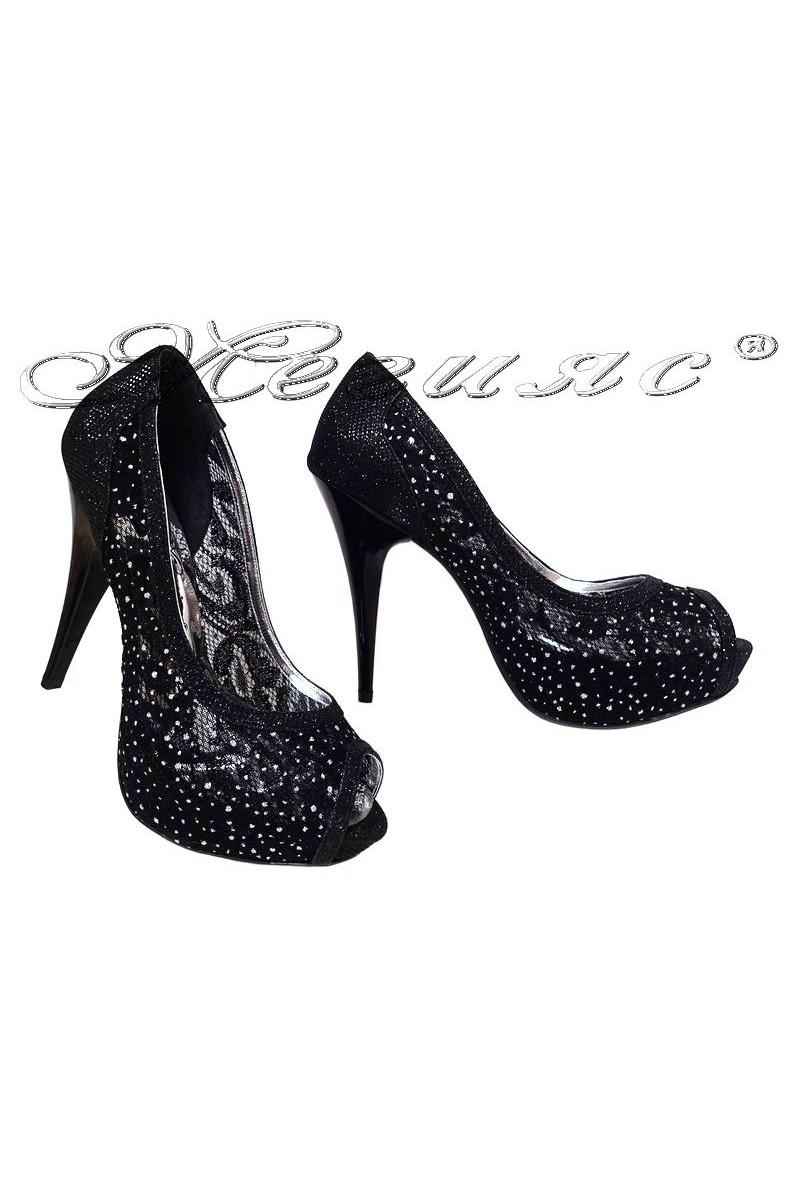 Дамски обувки 331 черни елегантни с висок ток и платформа