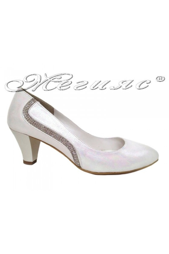 Women elegant shoes 326 white with middle heel