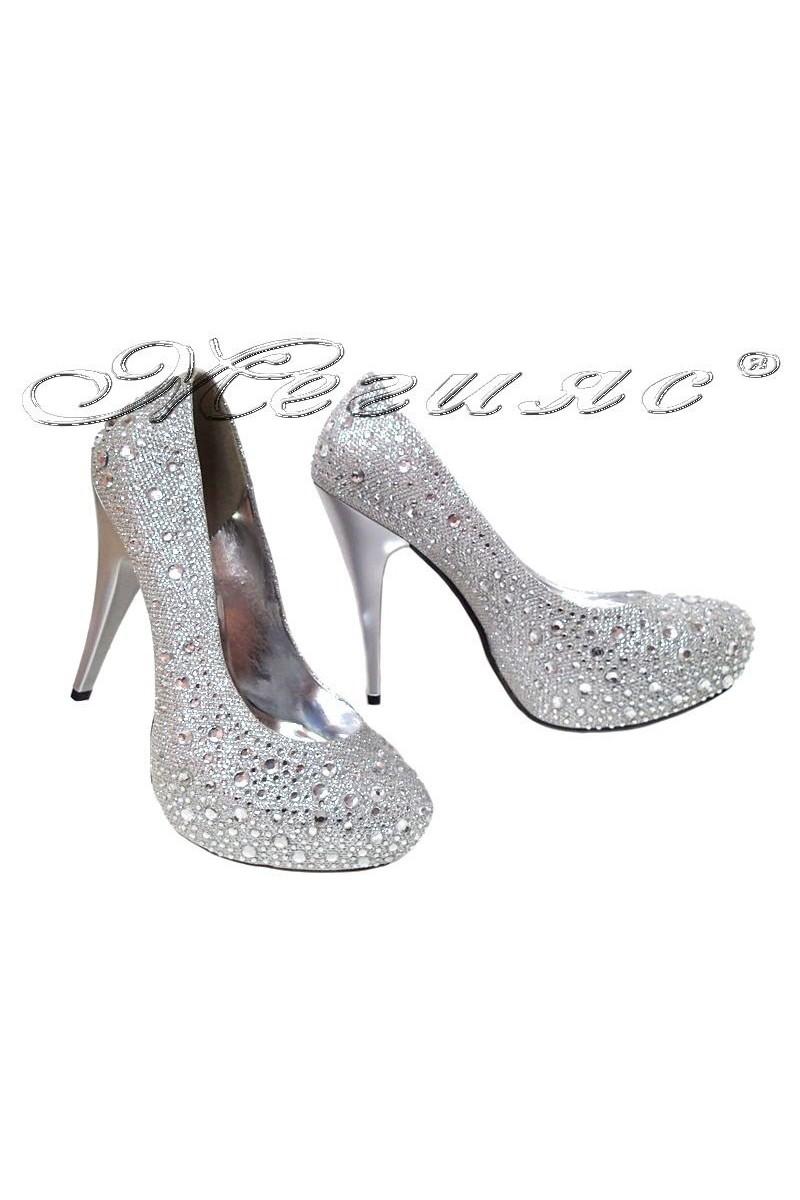 Дамски обувки 288-висок ток сребристи с декорация от камъни