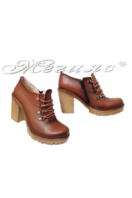 Women shoes 715 brown pu