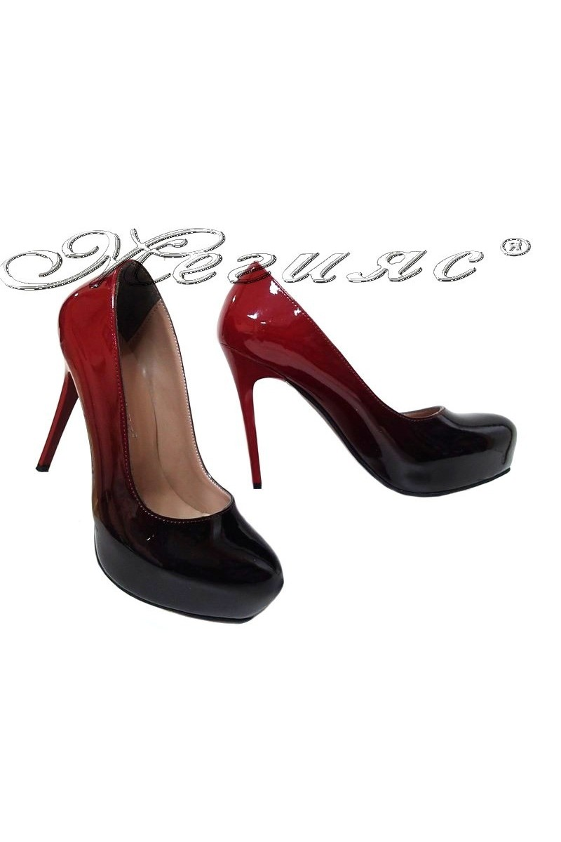 Дамски обувки 019 бордо преливащ лак с висок ток и платформа