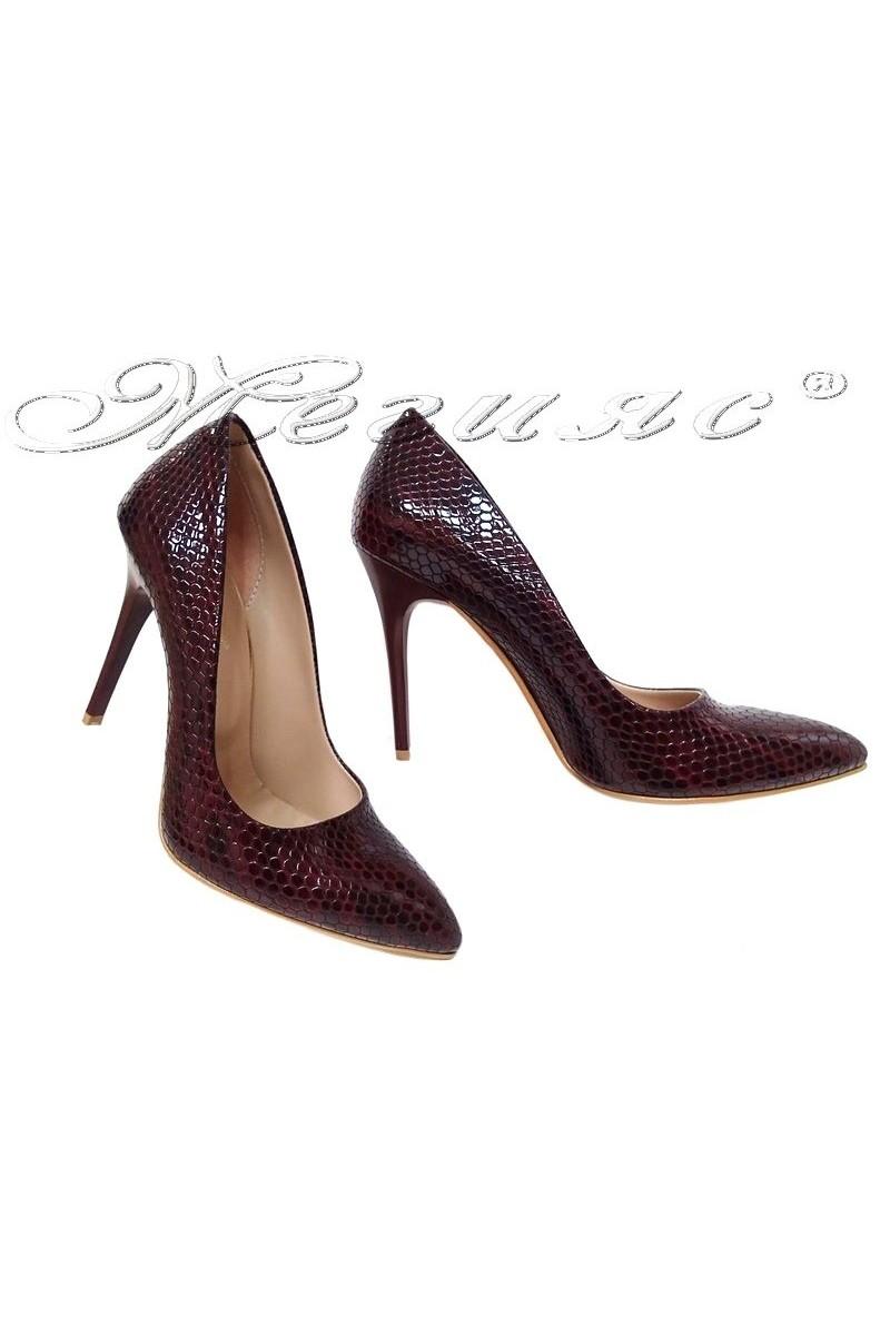 Дамски обувки 050 бордо змия елеганти с висок ток