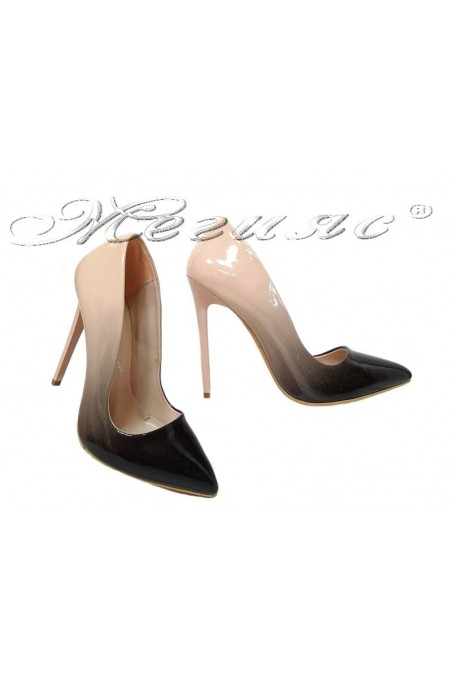 Women elegant shoes 301 beige patent