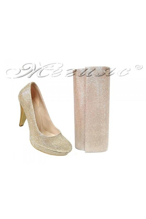 Комплект обувки 520 златни брокат с чанта 373