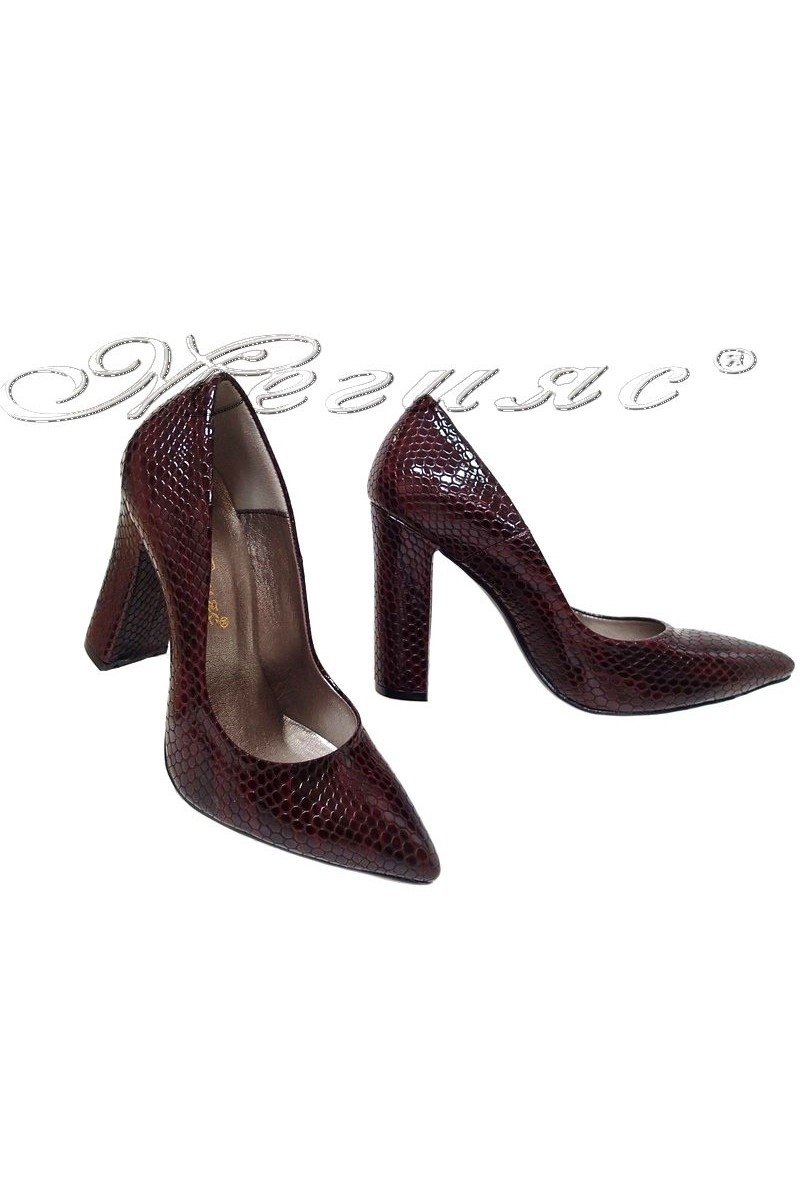 Дамски обувки 542 бордо змия лак елегантни от еко кожа с широк ток
