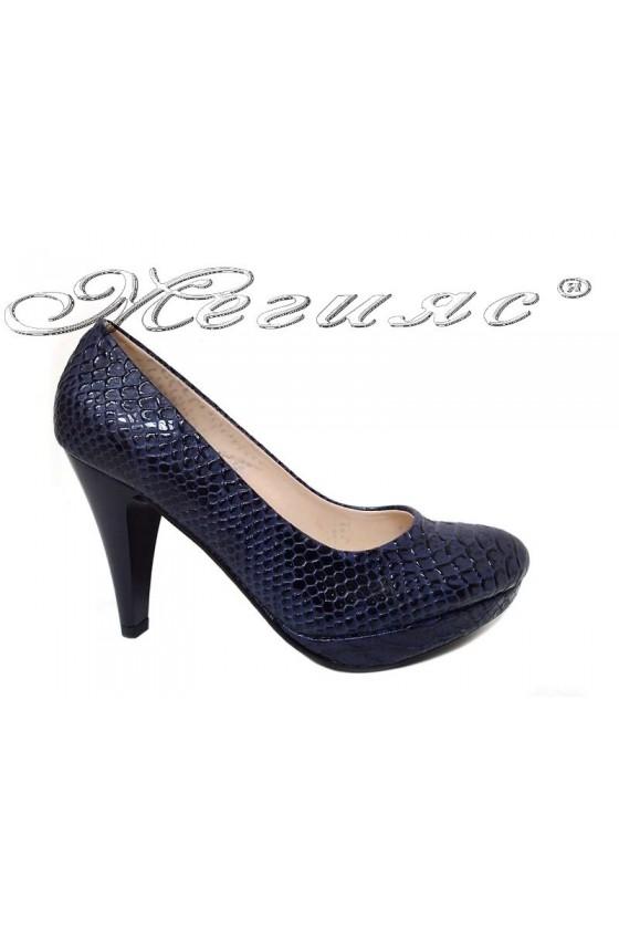 Lady shoes 520 blue pu
