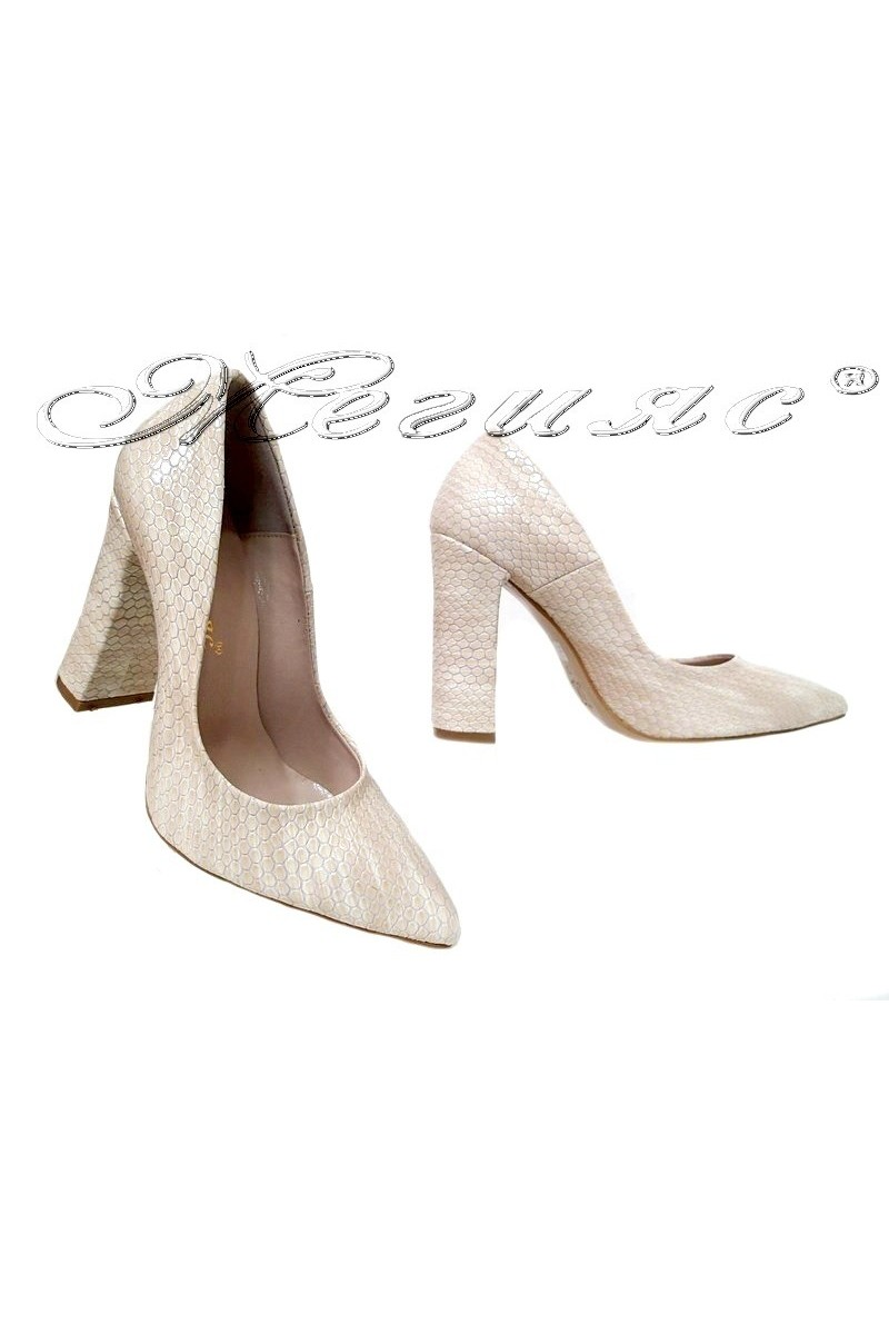 Lady shoes 542 beige