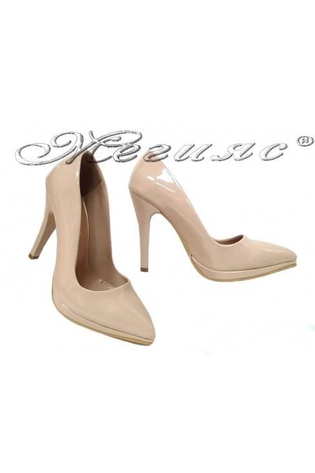 Дамски обувки 530 бежови лак елегантни висок ток