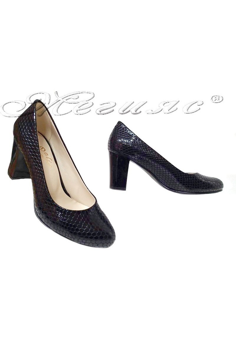 Lady shoes 99 black