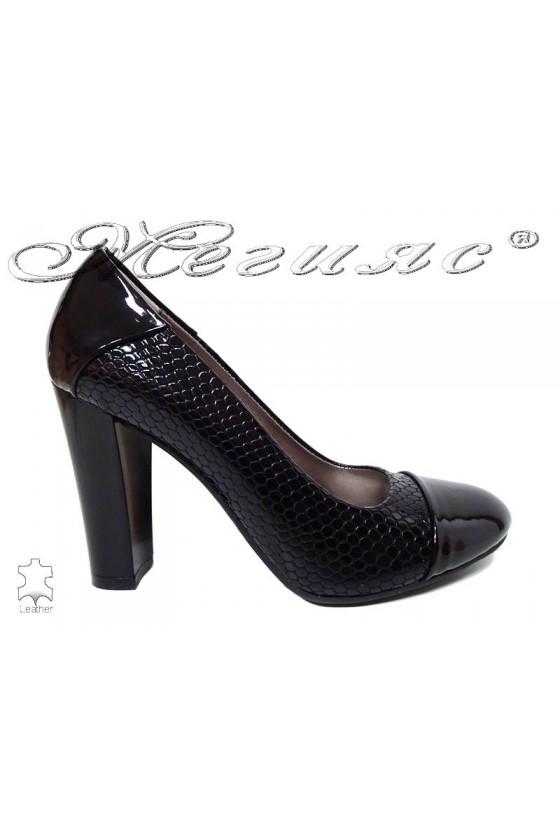 Lady shoes 75 black pattent