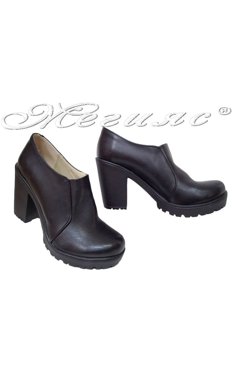 Women shoes 712 black pu