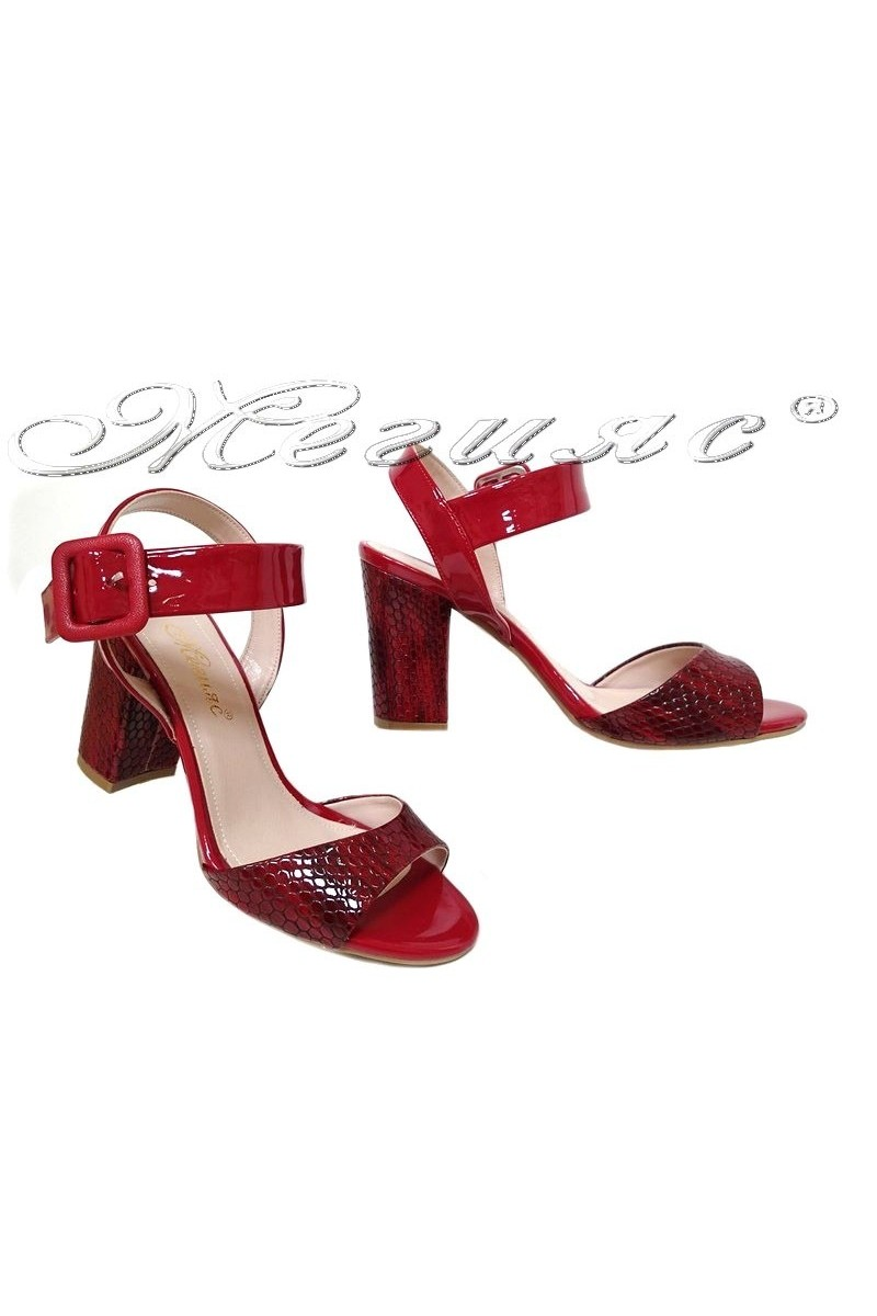 Women sandals 146 red pattent