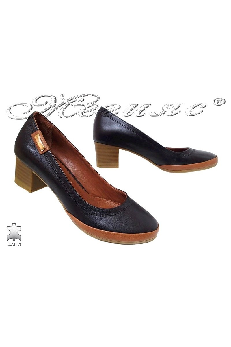 Lady shoes 365 black and brown leather