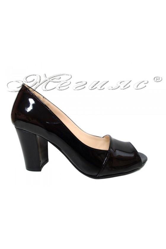 Women elegant shoes 012 black patent