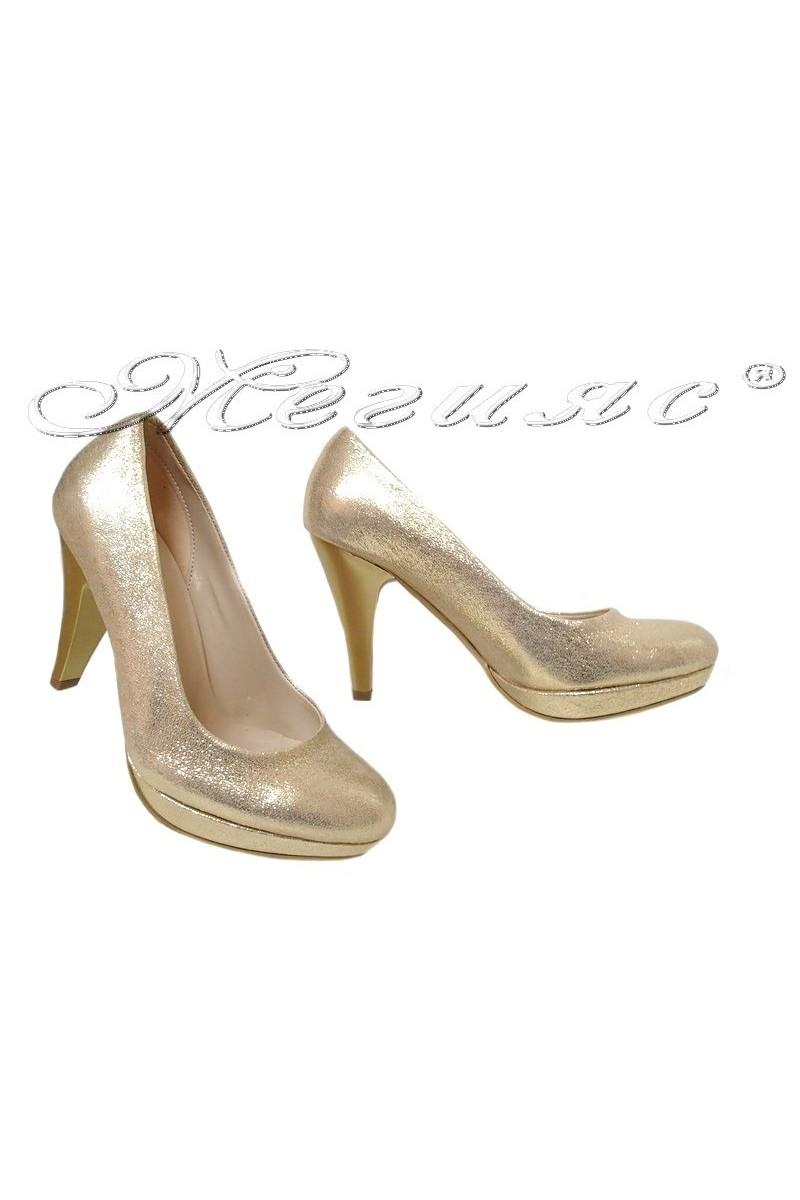 Дамски обувки 520 златисти от текстил елегантни с висок ток и платформа