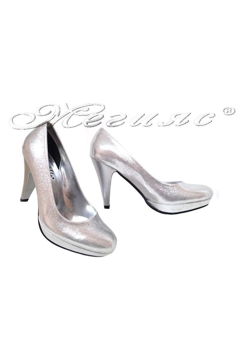 Дамски обувки 520 сребро от текстил елегантни с висок ток и платформа