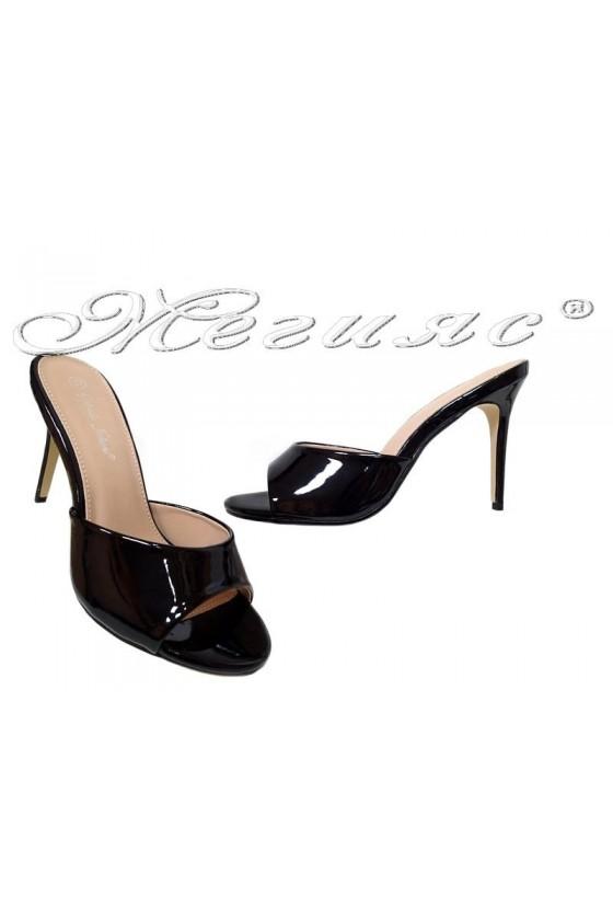 Дамски чехли WENDY 20S56 черни лак елегантни с висок ток