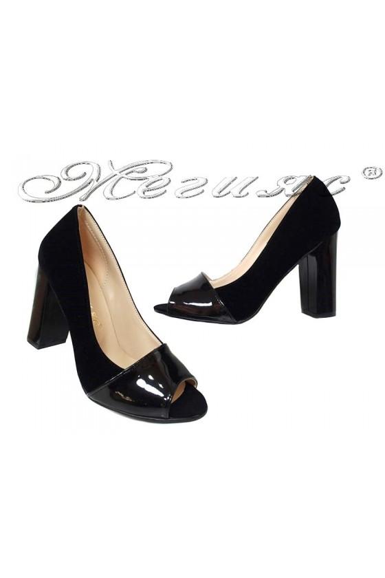 183c3a95b96 Дамски обувки 082 черен набук+лак без пръсти с широк ток
