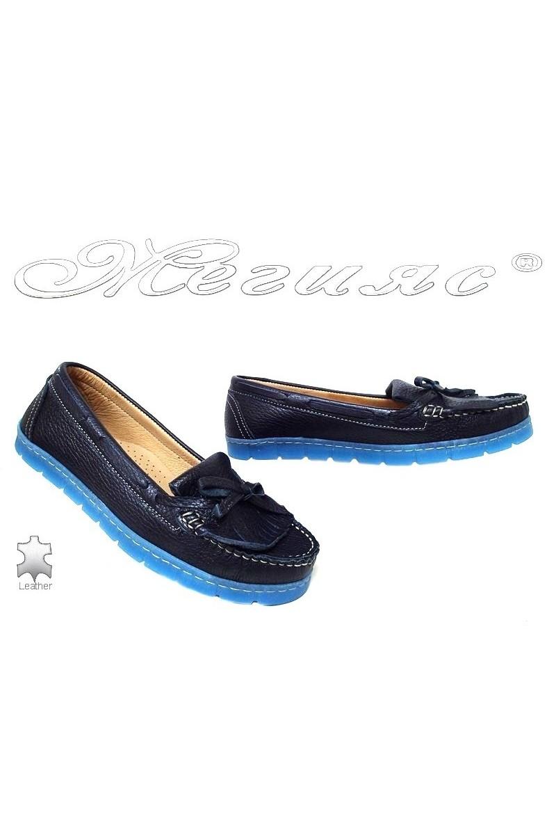Дамски ежедневни обувки 3002 сини естествена кожа