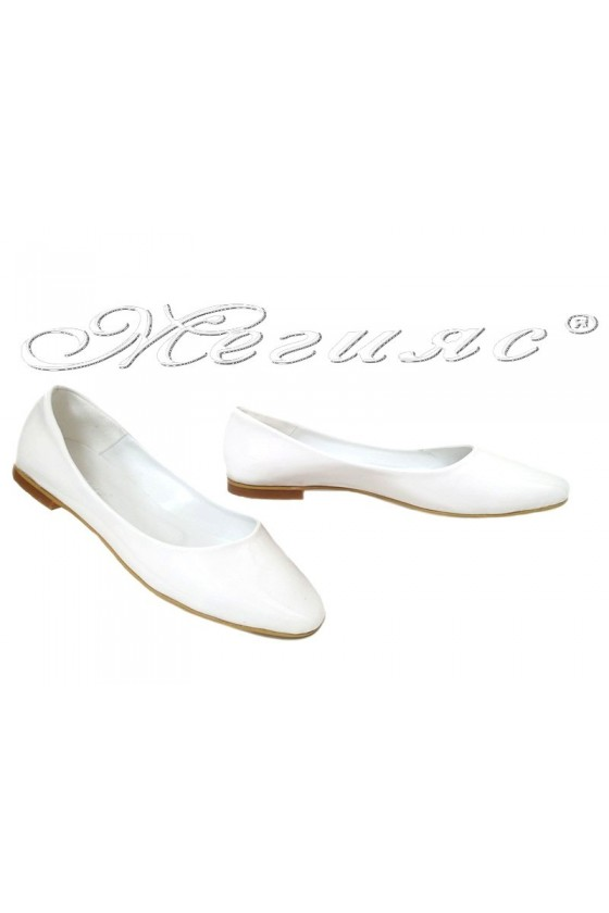 Lady shoes XXL 101 white patent