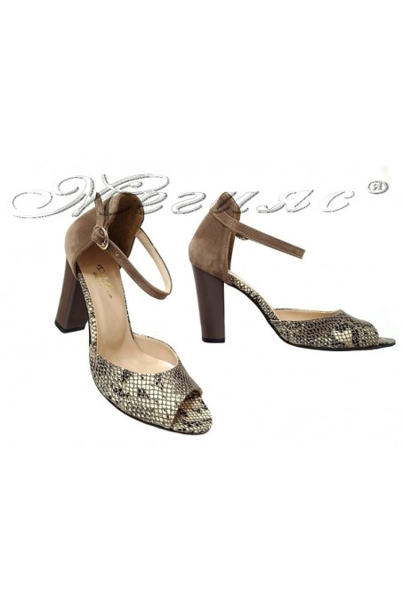 Lady sandals 013105 brown pu