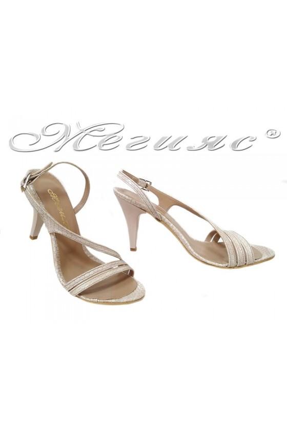 Women elegant sandals 106...