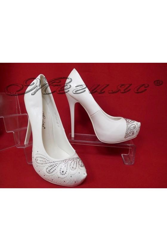 Дамски обувки CAROL 2016-325 бели на висок ток с камъчета