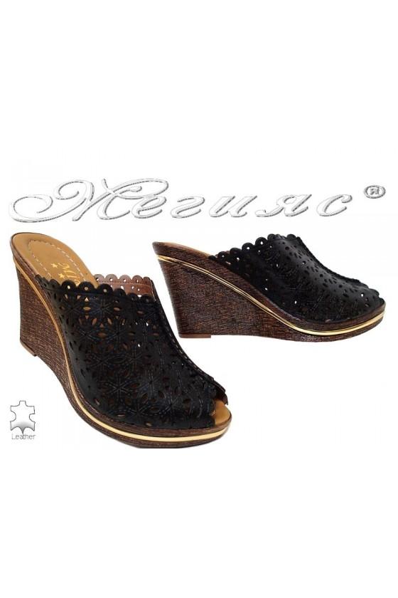 Women sandals 10/766 black leather