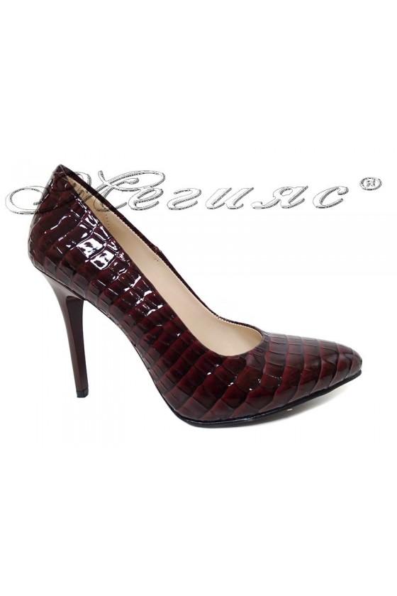 Дамски обувки 162 бордо лак кроко висок ток елегантни
