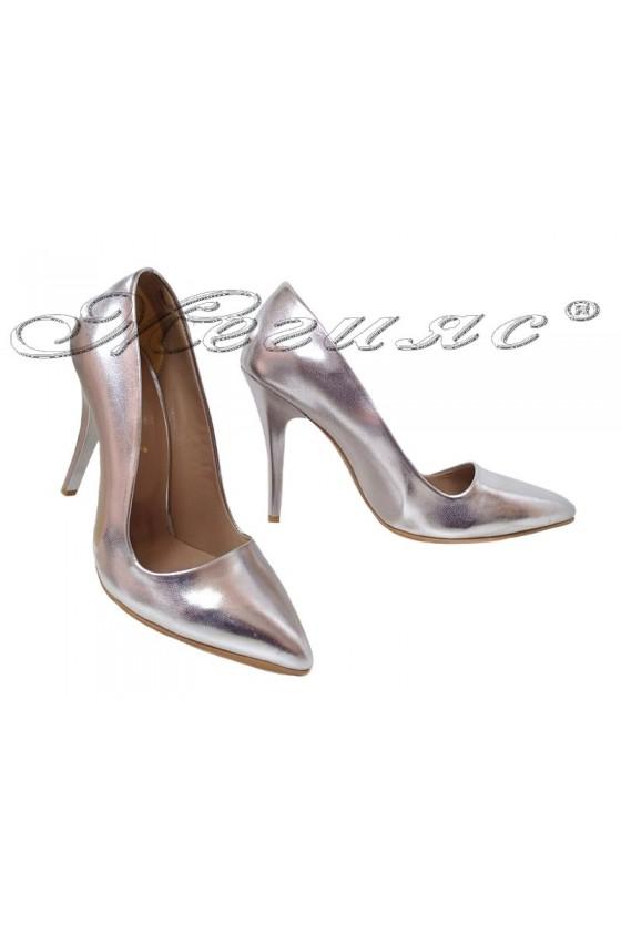 Дамски обувки 308 сребърни елегантни висок ток еко кожа