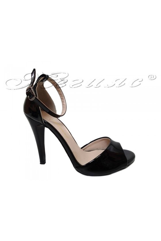 Women elegant sandals 576 black patent with high heel