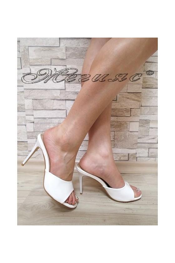 Дамски чехли WENDY 20S16-55 бели лак елегантни с висок ток
