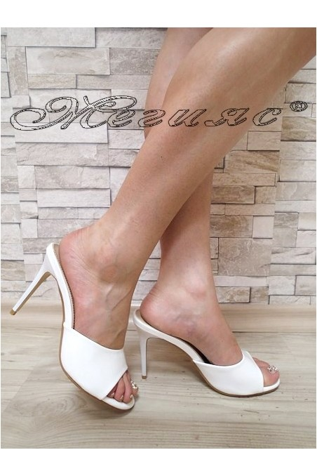 Lady sandals WENDY 20S16-55 white patent with high heel