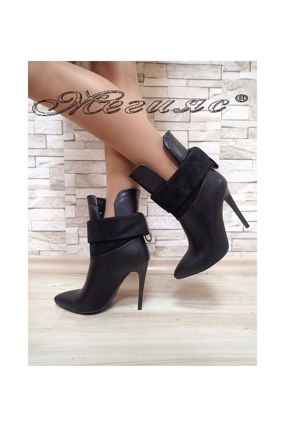 Women elegant boots Christine 20W17-216 black pu