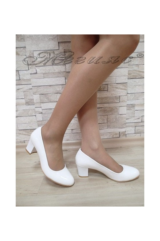 Lady elegant shoes 903 white patent with middle heel