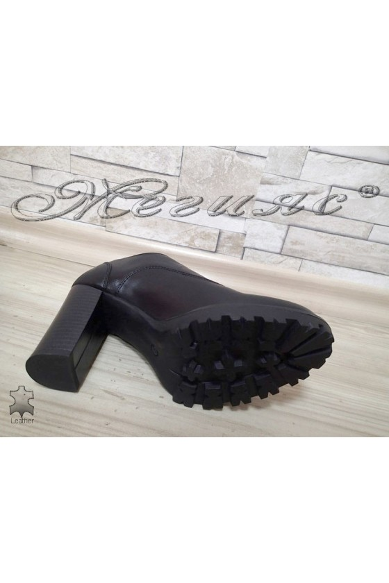 Lady shoes 15210.2774 black leather