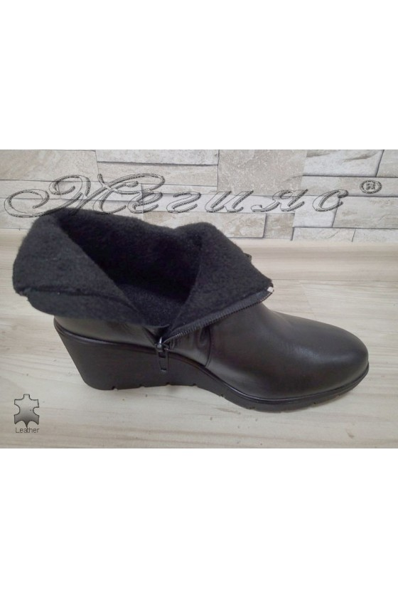 Women boots 16328 black leather