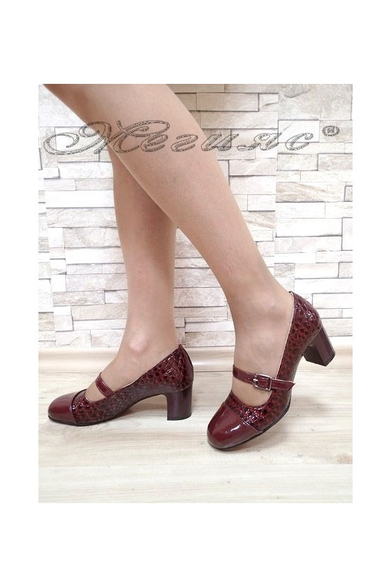Lady elegant shoes 301 bordo patent with middle heel
