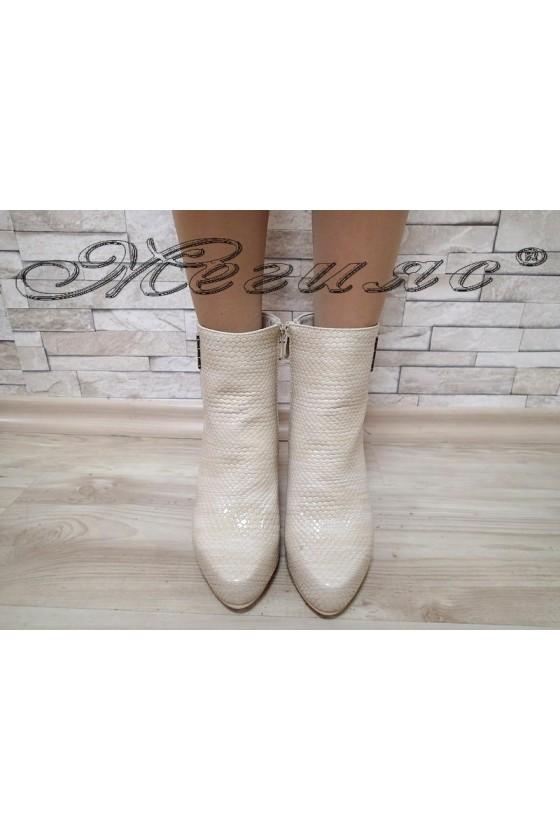 Women boots Cassie 20W17-47  beige pu