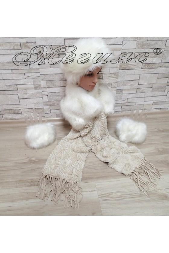 Комплект шал 0631 с шапка 0626 и ръкавели 0625 бели от еко пух