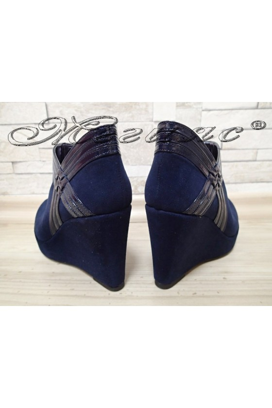 Дамски обувки 492-платформа сини от еко велур на