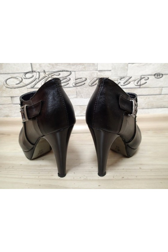 Lady shoes 475 black pu with high heel