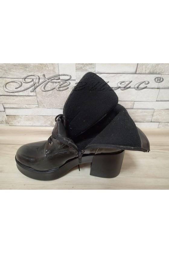 Women boots 600 green patent