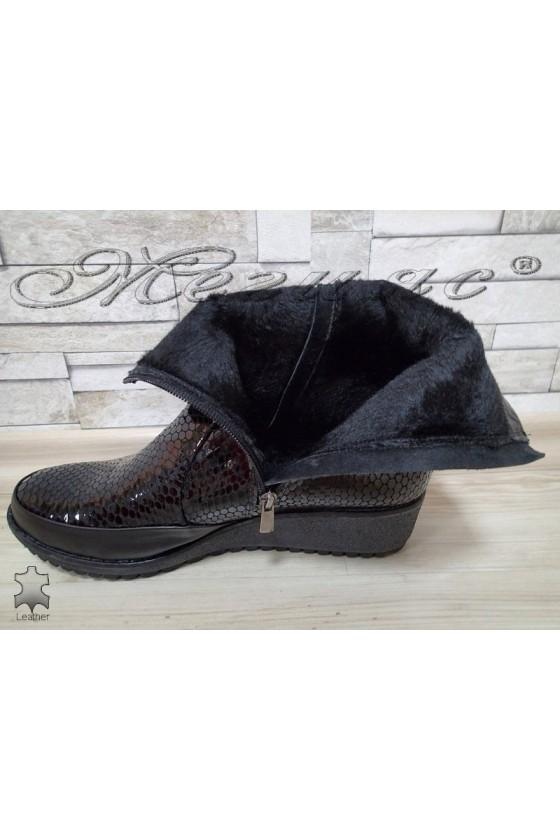 Lady boots  XXL 015-03-115 black leather