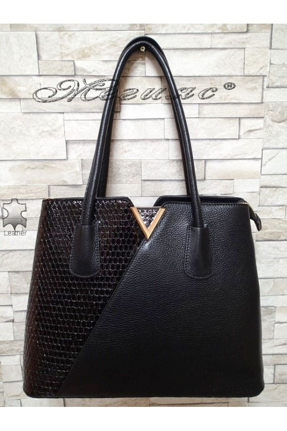 Bag 1537 black leather