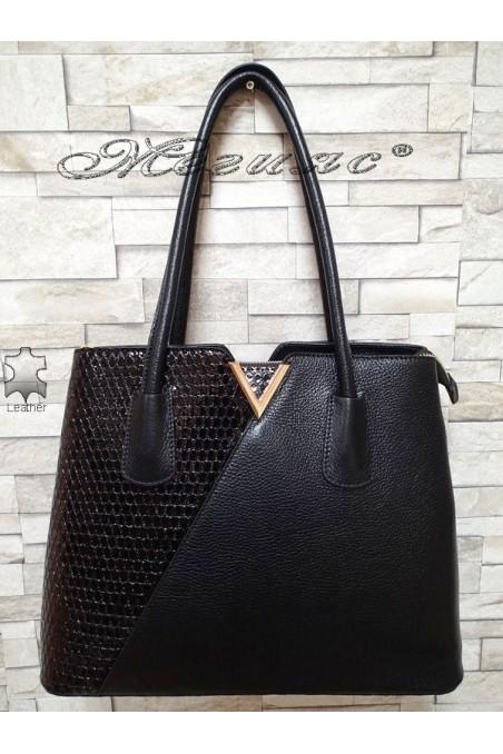 Bag 1537 black leather