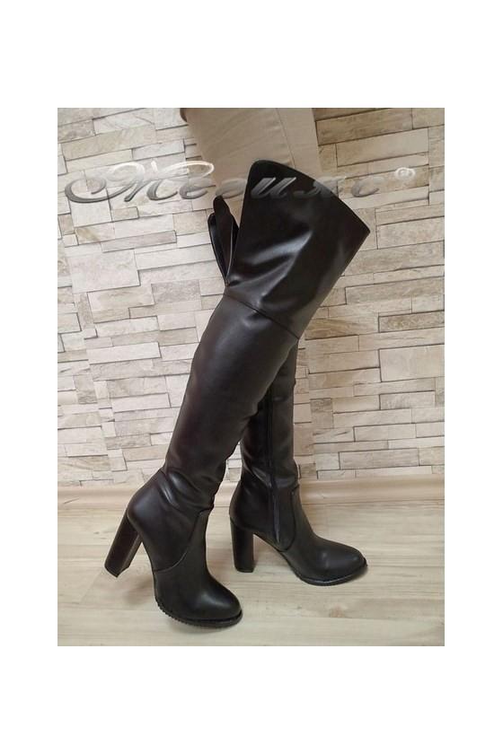 Дамски ботуши 115 черни от еко кожа елегантни тип чизми