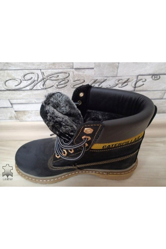 Boots 05 CAT black leather