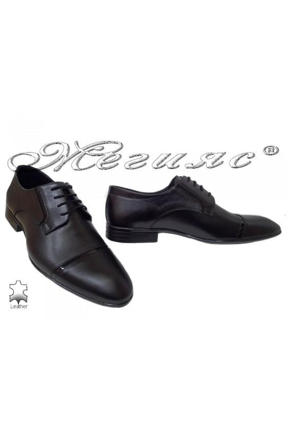 Men elegant shoes 16009 black leather