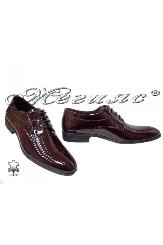 Мъжки обувки бордо естествен лак елегантни